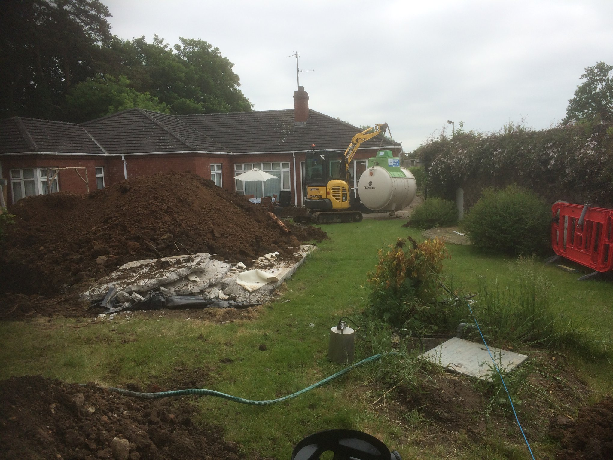 Replacement of a faulty septic tank in Lurgan, Co Armagh